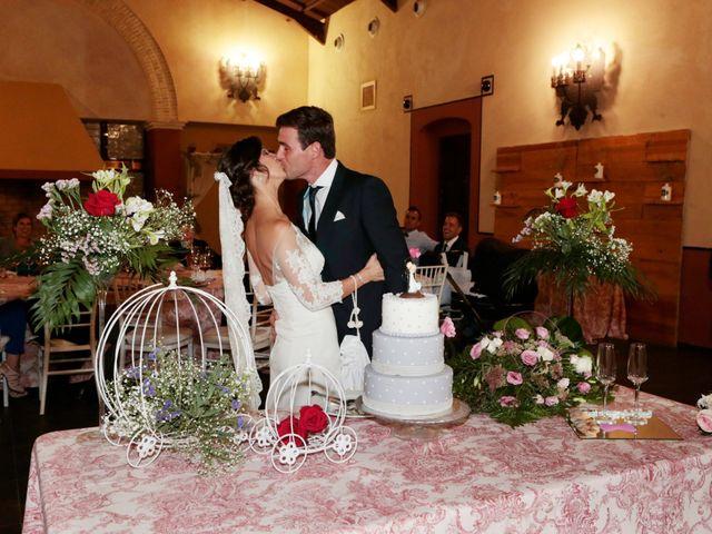 La boda de Ricardo y Carmen en Dos Hermanas, Sevilla 33