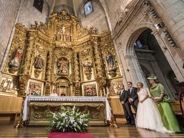 La boda de Asier y Niamh en Vitoria-gasteiz, Álava 11