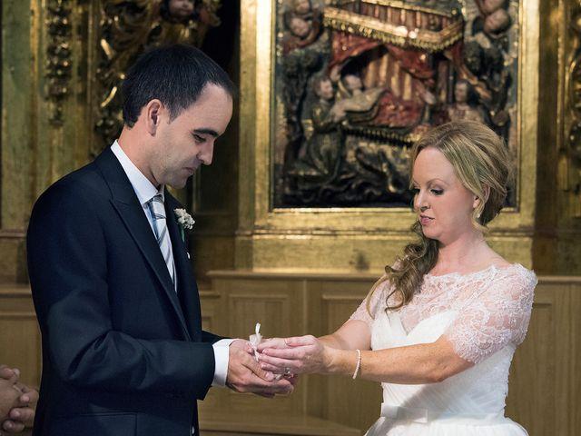 La boda de Asier y Niamh en Vitoria-gasteiz, Álava 13