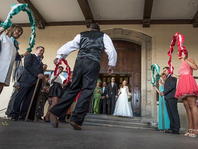 La boda de Asier y Niamh en Vitoria-gasteiz, Álava 14
