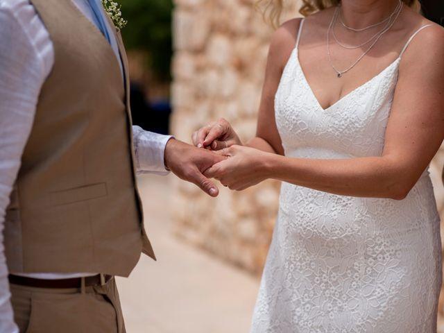 La boda de Andrew y Irene en Montuïri, Islas Baleares 43