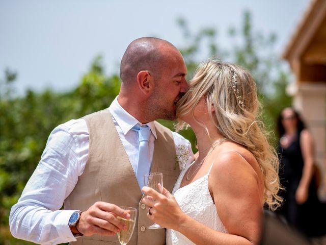 La boda de Andrew y Irene en Montuïri, Islas Baleares 45