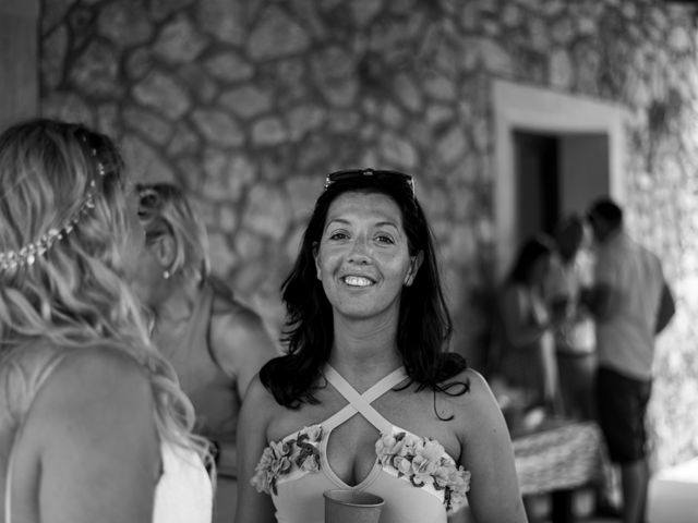 La boda de Andrew y Irene en Montuïri, Islas Baleares 50