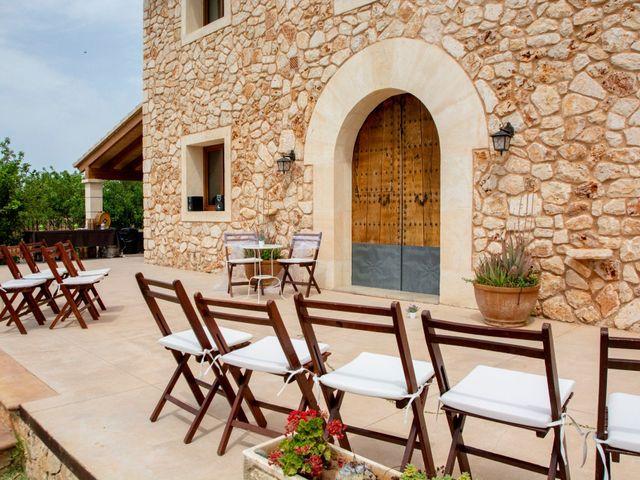 La boda de Andrew y Irene en Montuïri, Islas Baleares 57