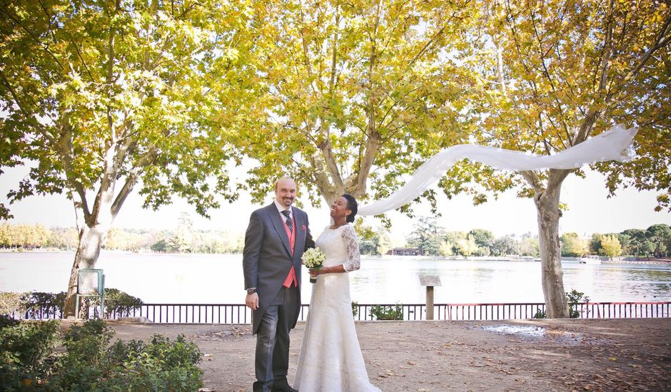 La boda de Ángel y Rosa en Madrid, Madrid