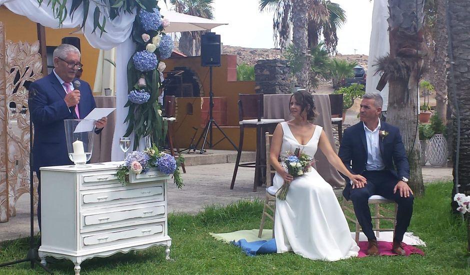 La boda de Luis y Lourdes en Telde, Las Palmas