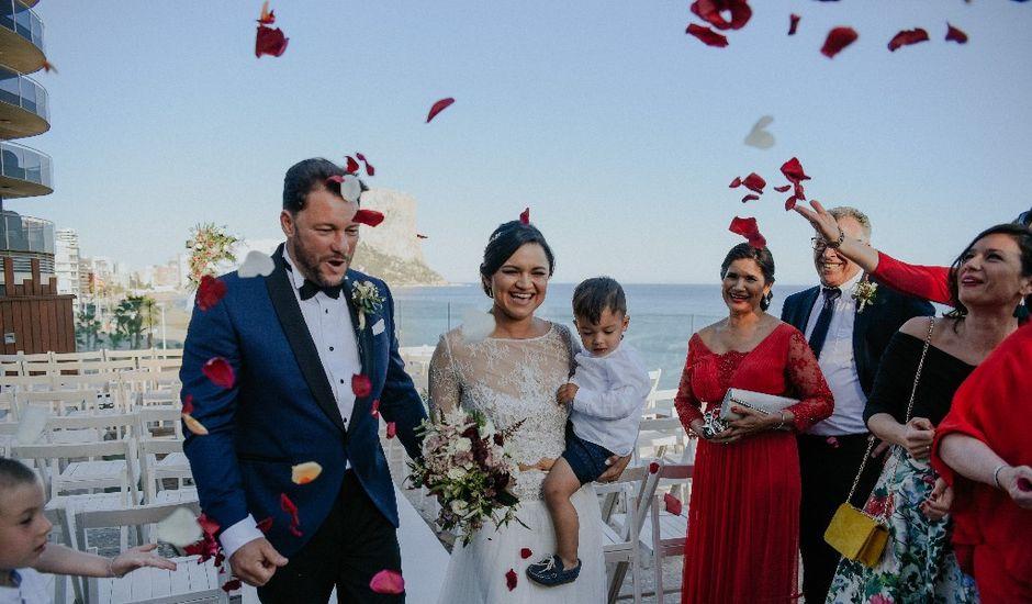 La boda de Antonio y Lili en Calp/calpe, Alicante