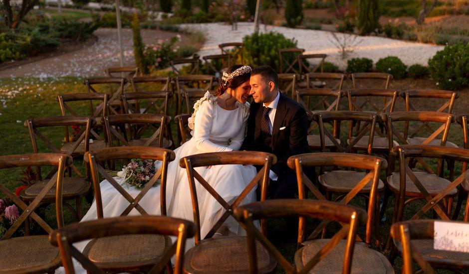 La boda de Carlos y María en Badajoz, Badajoz
