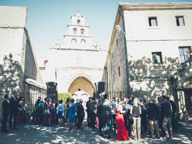 La boda de Carlos y Elena en Santa Gadea Del Cid, Burgos 7