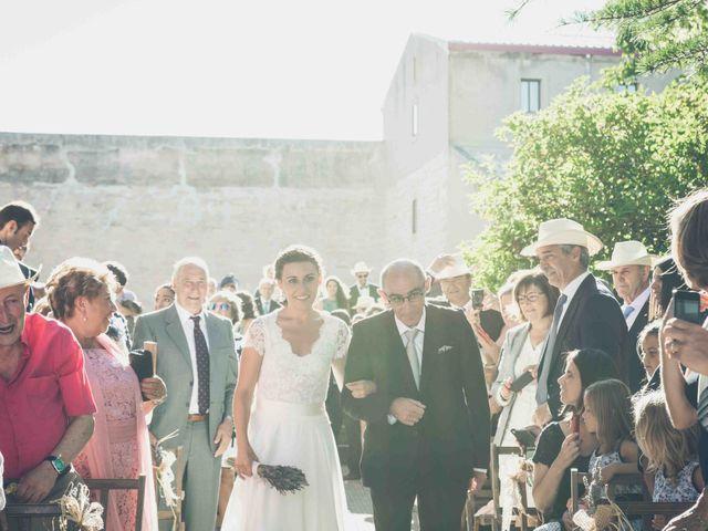 La boda de Carlos y Elena en Santa Gadea Del Cid, Burgos 14