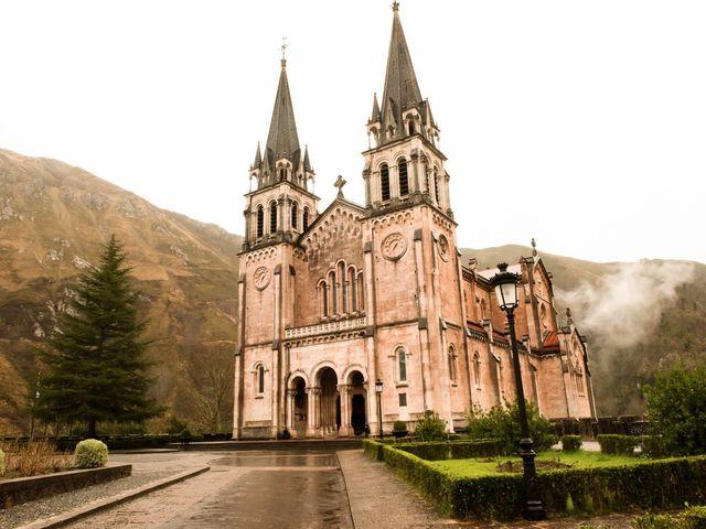 La boda de Enrique y Ana en Cangas De Onis, Asturias 9