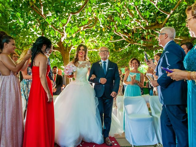 La boda de Iván y Raquel en Sant Vicenç De Montalt, Barcelona 34
