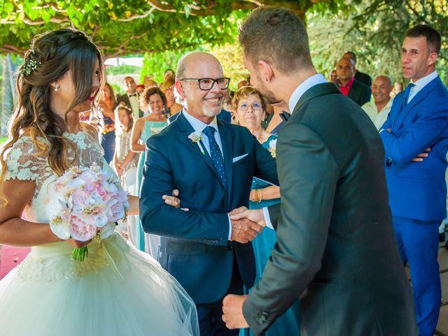 La boda de Iván y Raquel en Sant Vicenç De Montalt, Barcelona 35
