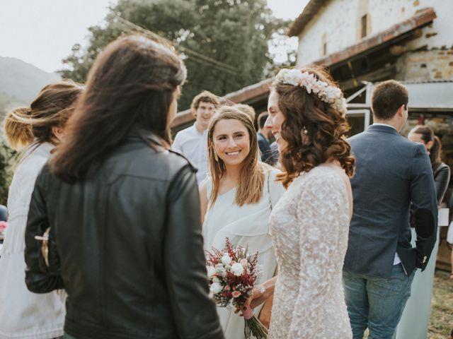 La boda de Alex y Irati en Orozco, Vizcaya 42