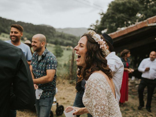 La boda de Alex y Irati en Orozco, Vizcaya 54