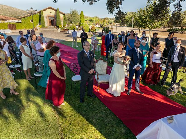 La boda de Jose y Gema en Collado Villalba, Madrid 33