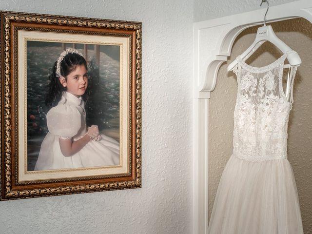 La boda de Angela y Andres en Valencia, Valencia 11
