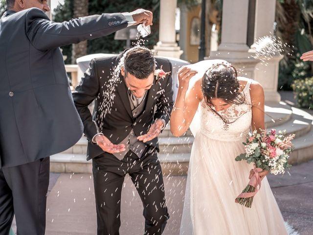 La boda de Angela y Andres en Valencia, Valencia 25