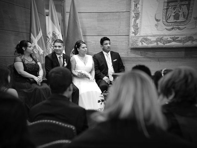 La boda de Javier y Paulina en Oviedo, Asturias 5