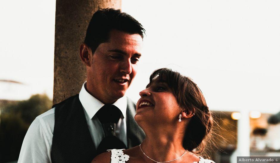 La boda de Diego y Leti en Barbate, Cádiz