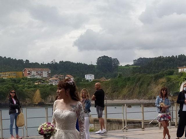 La boda de Héctor  y Sheyla  en Luanco, Asturias 1