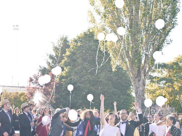 La boda de Víctor y Emma en Boiro (Boiro), A Coruña 12