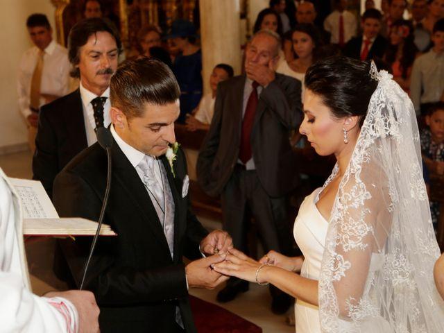 La boda de Javier y Ana Maria en Brenes, Sevilla 16