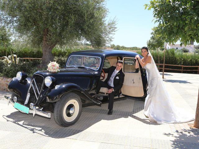 La boda de Javier y Ana Maria en Brenes, Sevilla 23