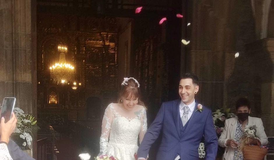 La boda de Héctor  y Sheyla  en Luanco, Asturias