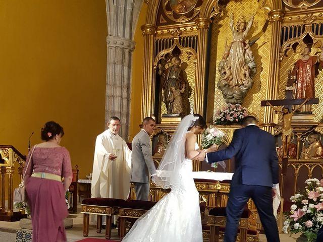 La boda de Tristán  y Roxana en Galapagar, Madrid 15