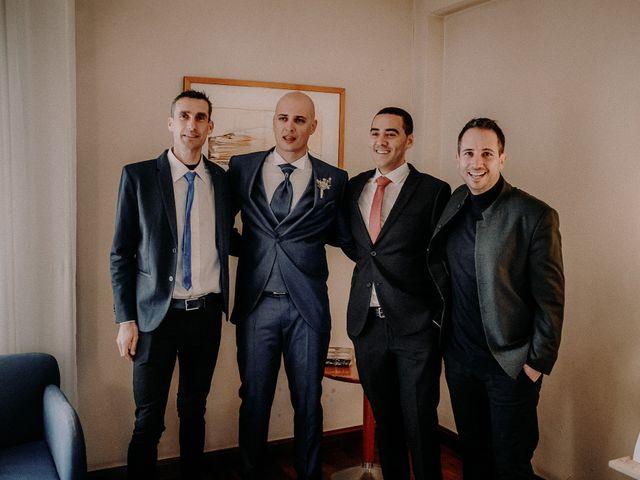 La boda de Carlos y Cinta en Huelva, Huelva 27