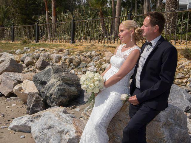 La boda de Goran y Valentina en San Pedro de Alcántara, Málaga 28