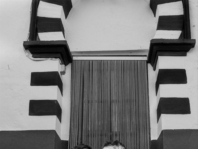La boda de Tomás y Laura en Gerena, Sevilla 25