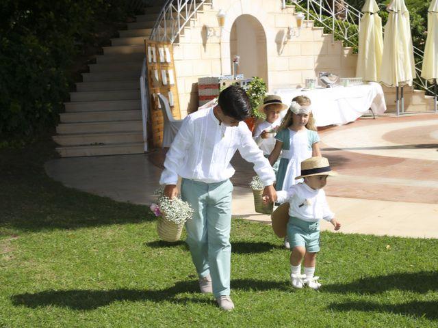 La boda de Nizar y Jessy en Málaga, Málaga 14