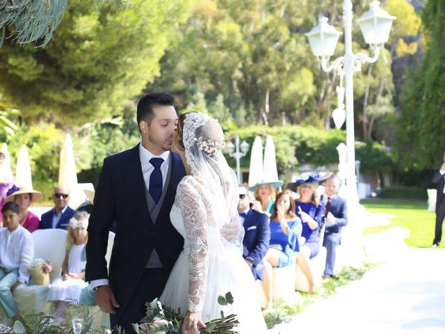 La boda de Nizar y Jessy en Málaga, Málaga 32