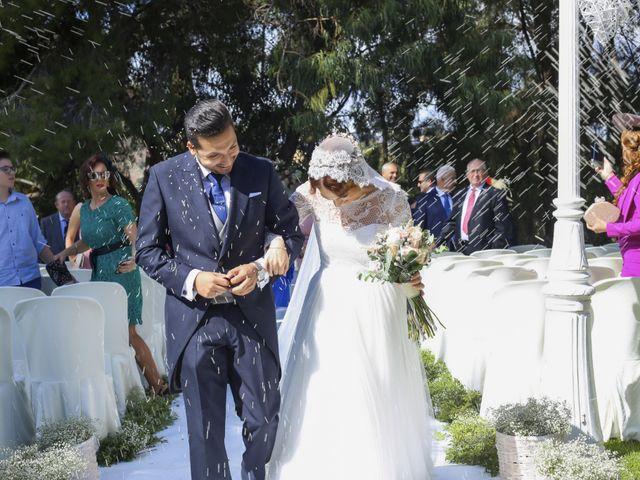 La boda de Nizar y Jessy en Málaga, Málaga 35
