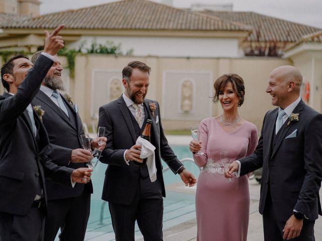 La boda de Dylan y Almudena en Jerez De La Frontera, Cádiz 6