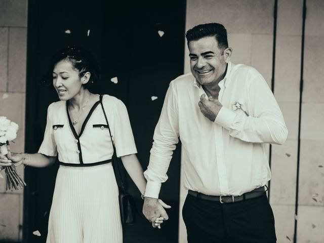La boda de Javier y Vivian en Valencia, Valencia 16