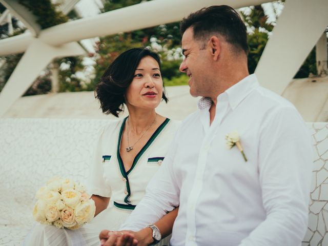 La boda de Javier y Vivian en Valencia, Valencia 24