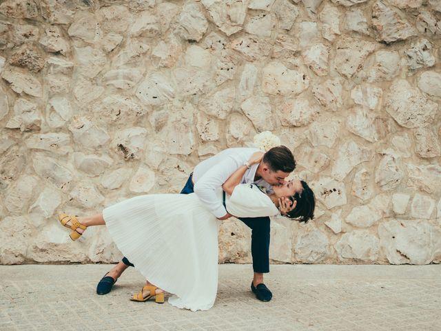 La boda de Javier y Vivian en Valencia, Valencia 32