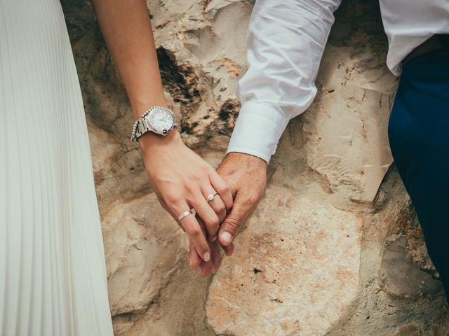 La boda de Javier y Vivian en Valencia, Valencia 34