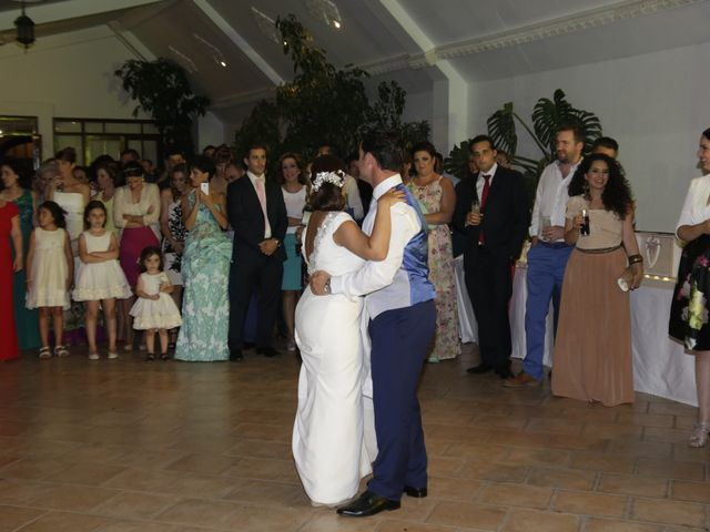 La boda de Jose Manuel y Inés en Alcala Del Rio, Sevilla 28