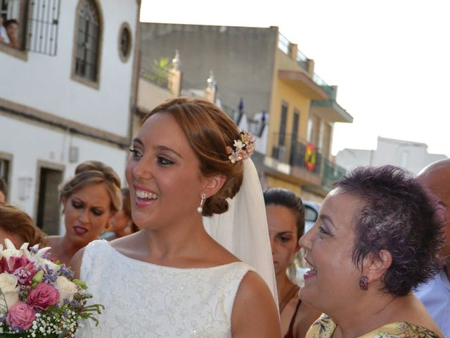 La boda de Javier y Tamara  en Dos Hermanas, Málaga 2