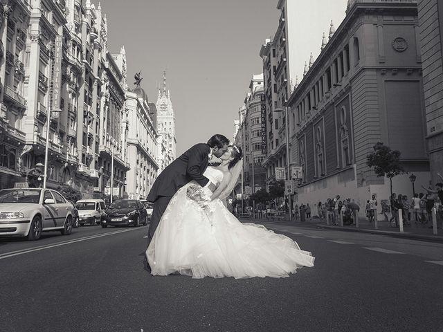 La boda de Alberto y Esther en Madrid, Madrid 2