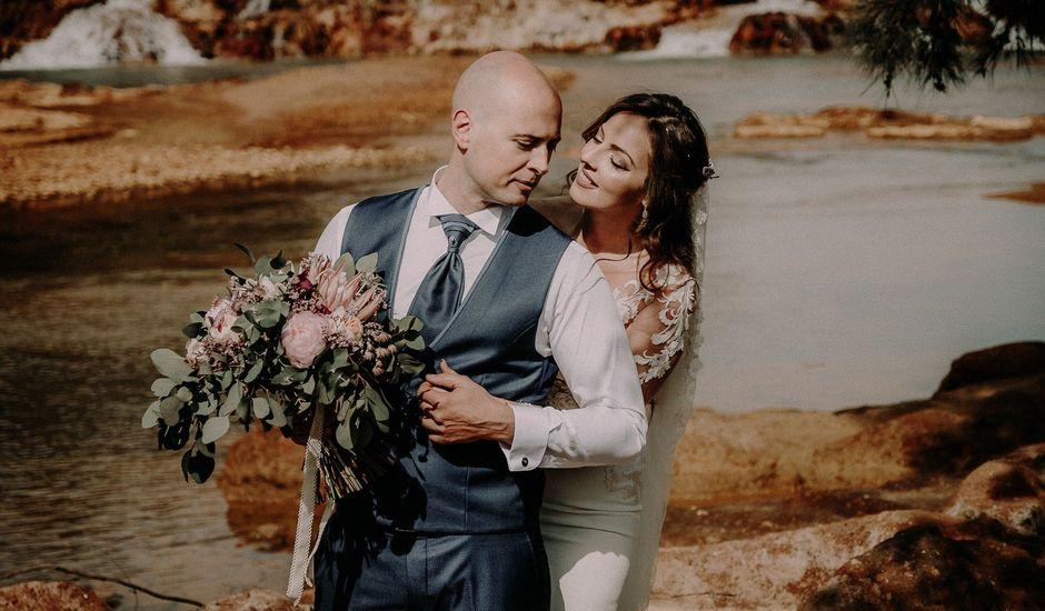 La boda de Carlos y Cinta en Huelva, Huelva