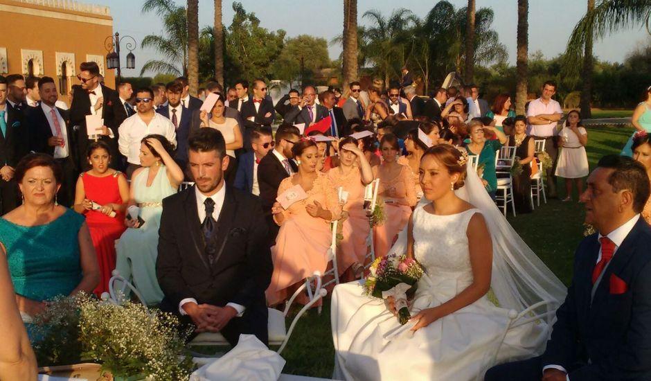 La boda de Javier y Tamara  en Dos Hermanas, Málaga