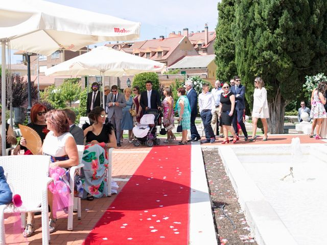 La boda de Alberto y Henar en Boecillo, Valladolid 9