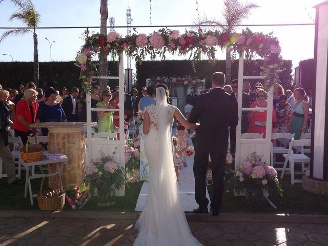 La boda de Miguel Ángel  y María Jesús  en Villafranca De Los Barros, Badajoz 6