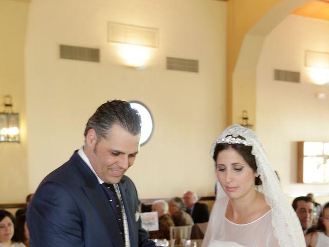 La boda de Juan José y Carmen María en Sevilla, Sevilla 28