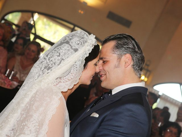 La boda de Juan José y Carmen María en Sevilla, Sevilla 30
